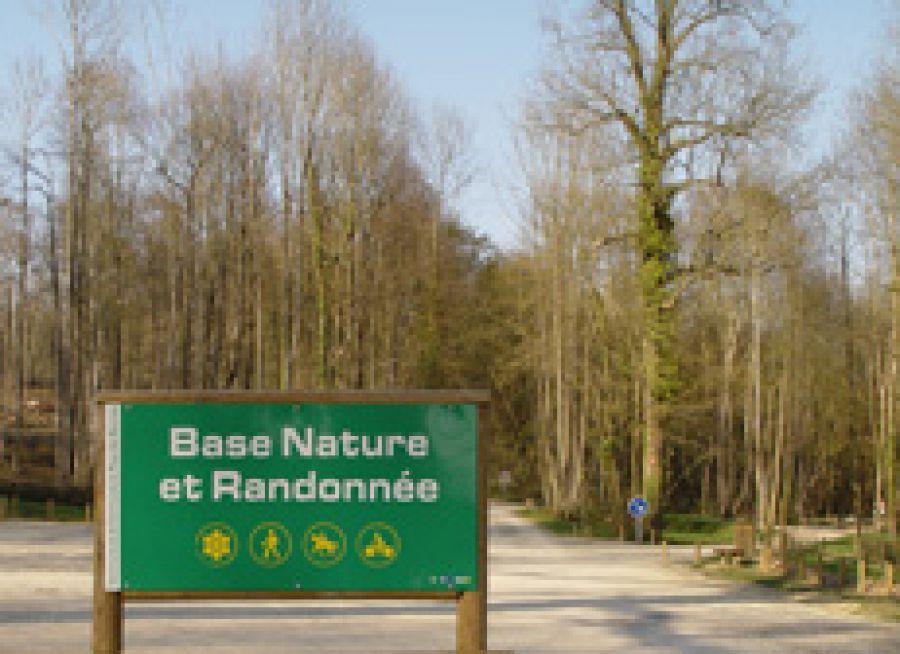 Photo du panneau de la Base Nature et Randonnée du Bois d'Elincourt dans l'Oise