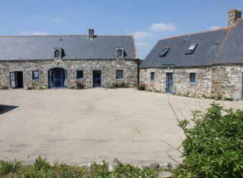 Photo de la cour intérieure de la Maison de la Baie d'Audierne à Tréguennec dans le Finistère
